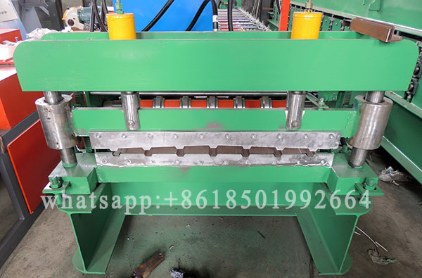 910 Type Bare Galvalume Roofing Wall Profile Sheet Roll Forming Machine.JPG