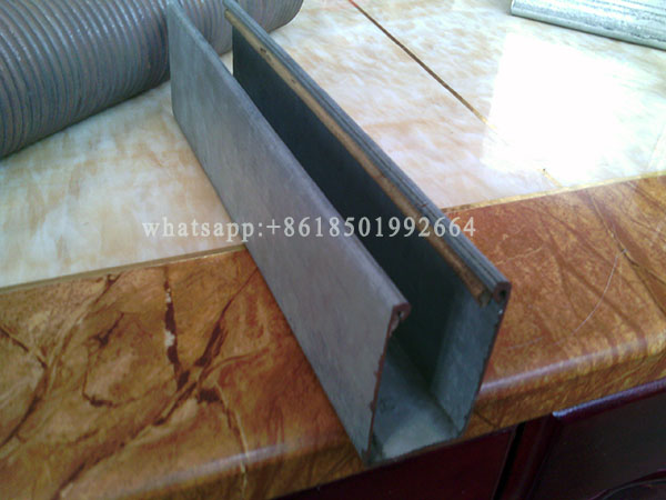 Low Cost Guard Rail Forming Machine For Roller Sutter Door.jpg